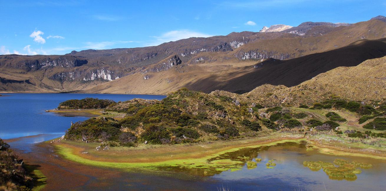 Santa Isabel Climb 4965 m 2
