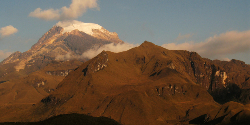 Nevado del Tolima 5221 m by the Quindio River Valley
